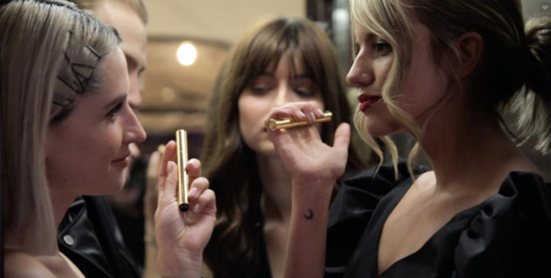 Vogue Greece x Yves Saint Laurent: Ντεμπούτο με λάμψη