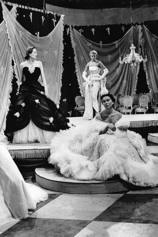 Vogue Aναδρομή: Ο οίκος Dior και οι καλλιτεχνικοί διευθυντές του