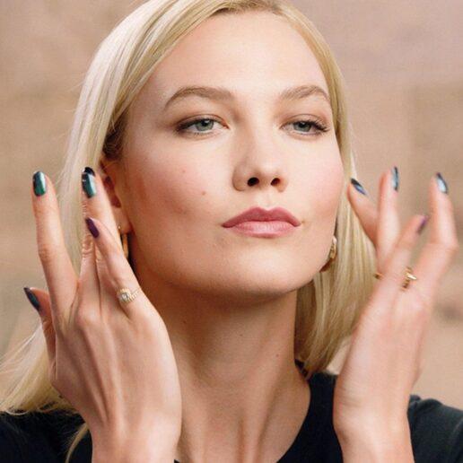 Karlie Kloss: To ιδανικό make-up look από το πρωί μέχρι το βράδυ