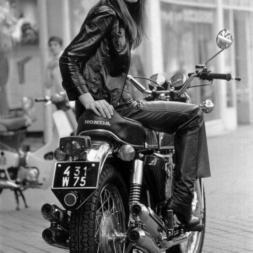 Flashback: Η ιστορία ενός θρυλικού κομματιού, του διάσημου biker jacket
