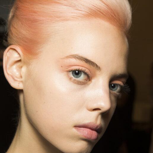 Τα μαλλιά αυτή την Άνοιξη βάφονται σε ροζ αποχρώσεις