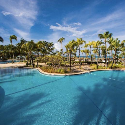 5 πισίνες ξενοδοχείων που θα σας κάνουν να ονειρευτείτε διακοπές