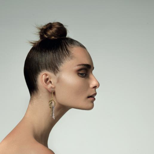 Feelings: Ο Νίκος Κούλης μας μιλάει αποκλειστικά για τη νέα του συλλογή