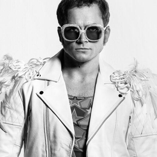 """Τα εκκεντρικά κοστούμια του Elton John ζωντανεύουν στο """"Rocketman"""""""