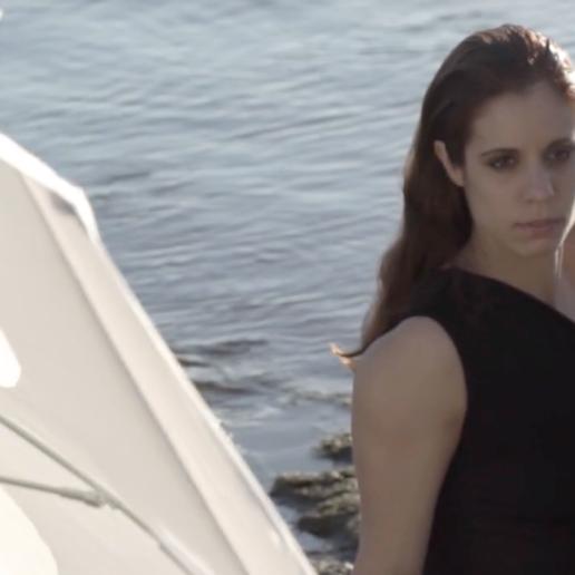 Η Kατερίνα Στεφανίδη φωτογραφίζεται για το τεύχος Ιουνίου της Vogue Greece