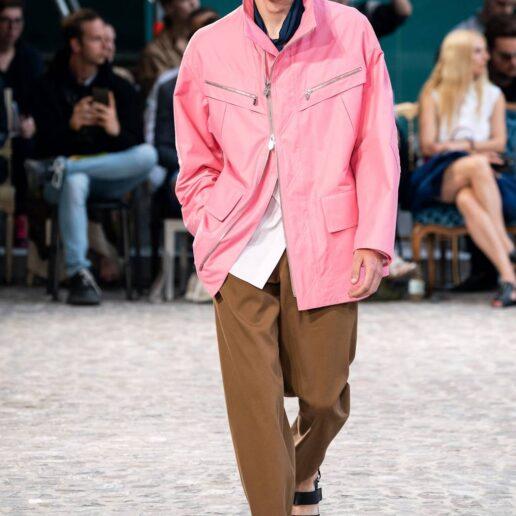 Οι άνδρες φοράνε ροζ