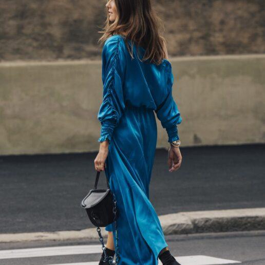 Υφή και χρώμα: Αυτό είναι το φόρεμα της επόμενης σεζόν