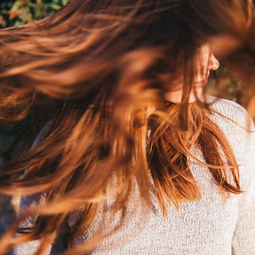 DIY: Δαφνέλαιο για φυσική λάμψη στα μαλλιά σας