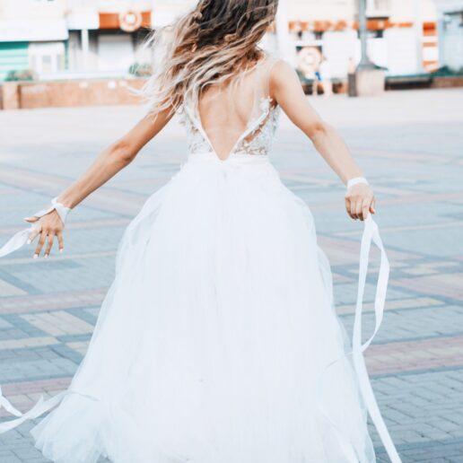Modern Bride: Κάντε τη διαφορά επιλέγοντας sneakers
