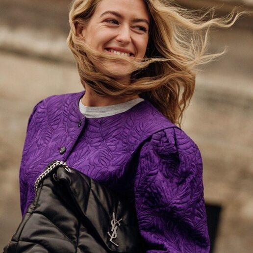 Κυματιστά μαλλιά: Διαφορετικοί τρόποι να πετύχετε το χτένισμα του 2020