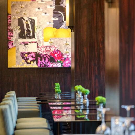 Το fine dining συναντά τους ήρωες του Fellini στο Juju Bar Restaurant