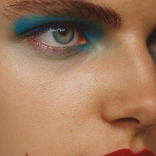 Classic Blue: Προϊόντα ομορφιάς στο χρώμα του 2020