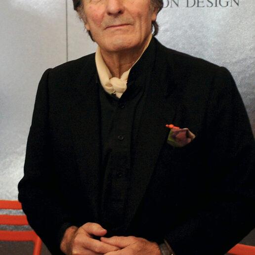 "Emanuel Ungaro: Ένας από τους τελευταίους σπουδαίους couturiers ""έφυγε"" στα 86 του χρόνια"