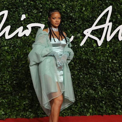 Fashion Awards 2019: Οι καλύτερες εμφανίσεις από το κόκκινο χαλί