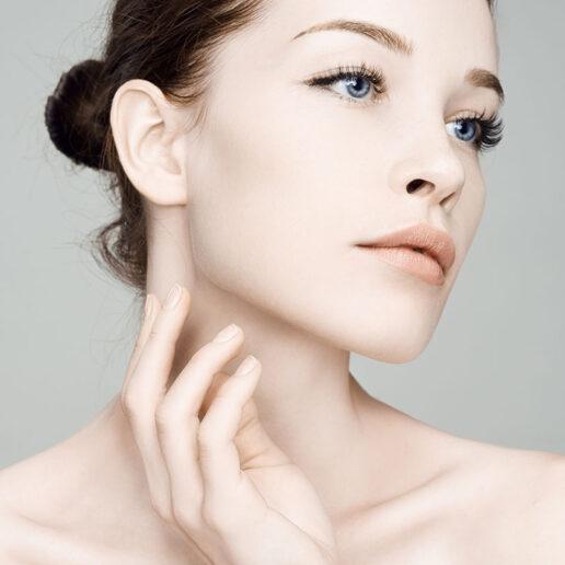 Into the Light: Γιατί οι LED masks είναι το νέο must-have beauty item