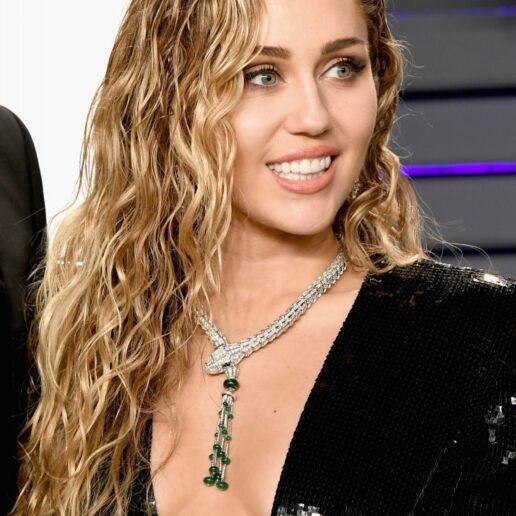 Το ανανεωμένο mullet cut της Miley Cyrus
