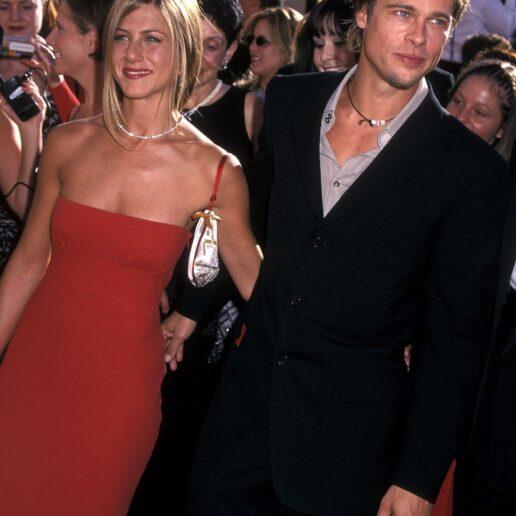Η Vogue θυμάται τις κορυφαίες εμφανίσεις του διδύμου Brad Pitt & Jennifer Aniston