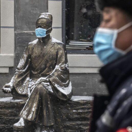 Γράμμα από το Πεκίνο: Η Editor-in-Chief της Vogue China για τη διαχείριση της κρίσης στην…