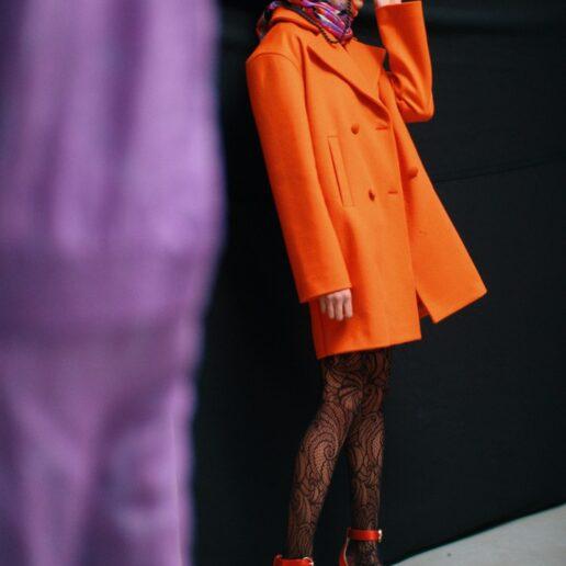 Pucci AW20: 6 τρόποι να φορέσετε το φουλάρι