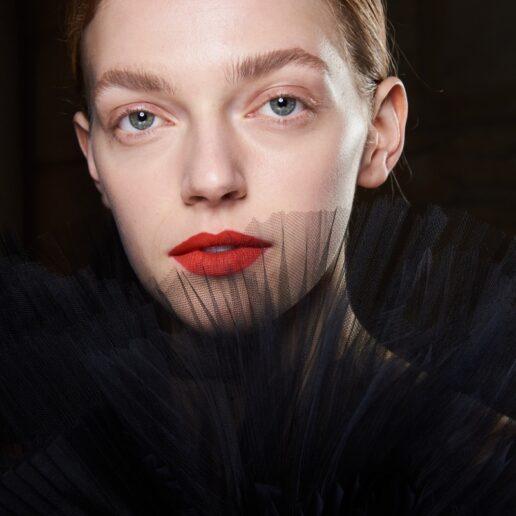 Valentine's Look: 10 ιδέες για μακιγιάζ με κόκκινα χείλη