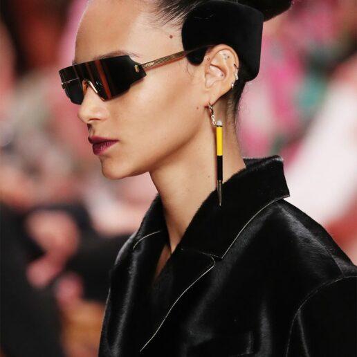 Fendi Beauty: O νέος τρόπος να φορέσετε τη στέκα