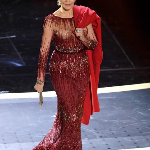 Recycled Fashion: Η Jane Fonda με το ίδιο φόρεμα στα Oscar