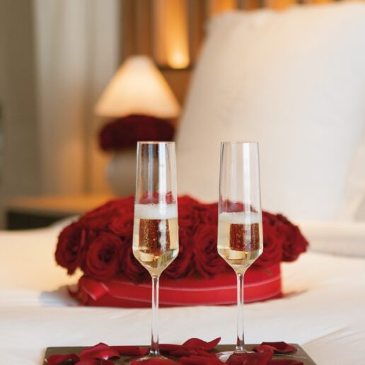 All you need is love: Γιορτάστε την αγάπη στο Four Seasons Astir Palace Athens
