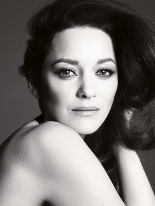 Marion Cotillard: Tο νέο πρόσωπο του διαχρονικού αρώματος Chanel N°5