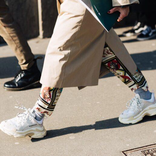 Like Νew: 5 tips για ολόλευκα sneakers