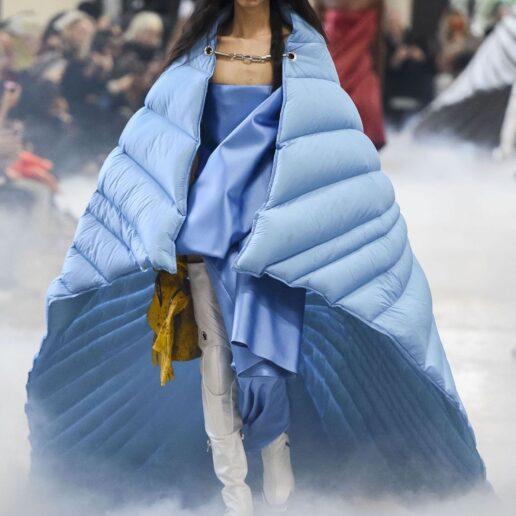 9 τρόποι να μετατρέψετε την κουβέρτα σας σε fashion statement