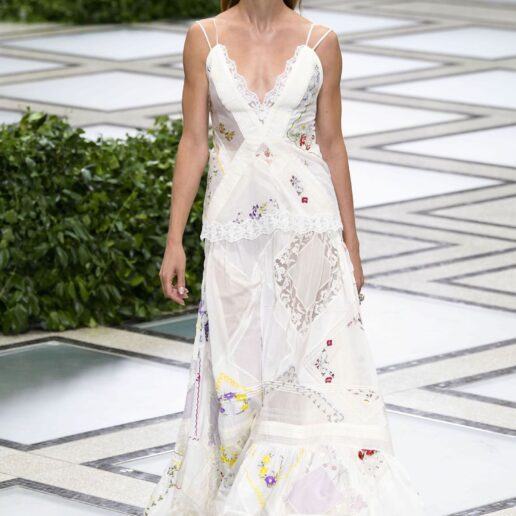Flower Power: Τα άερινα φορέματα της Άνοιξης
