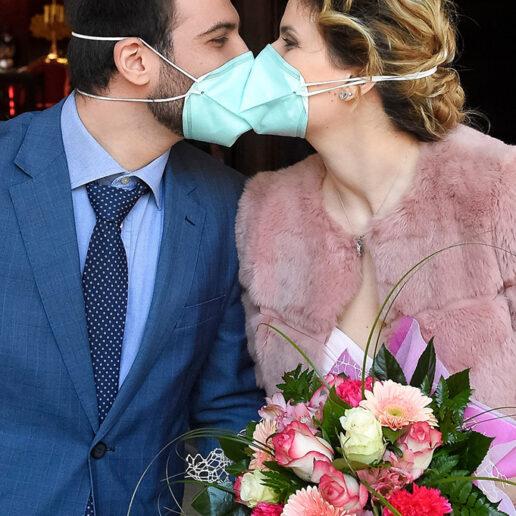 Οι Νεοϋορκέζοι μπορούν πλέον επίσημα να παντρευτούν μέσω Zoom