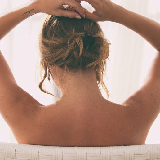 Πόνος στην πλάτη; 5 ολιστικοί τρόποι θα σας βοηθήσουν να απαλλαγείτε