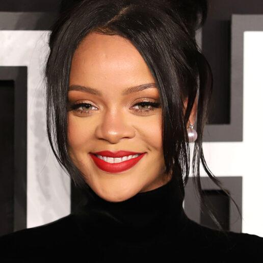 Rihanna: Προσφέρει $2.1 εκατομμύρια για τα θύματα ενδοοικογενειακής βίας εν μέσω καραντίνας