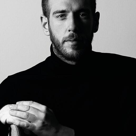 Instagram Live: Η Vogue Greece συνομιλεί αποκλειστικά με τον Βασίλη Κεκάτο