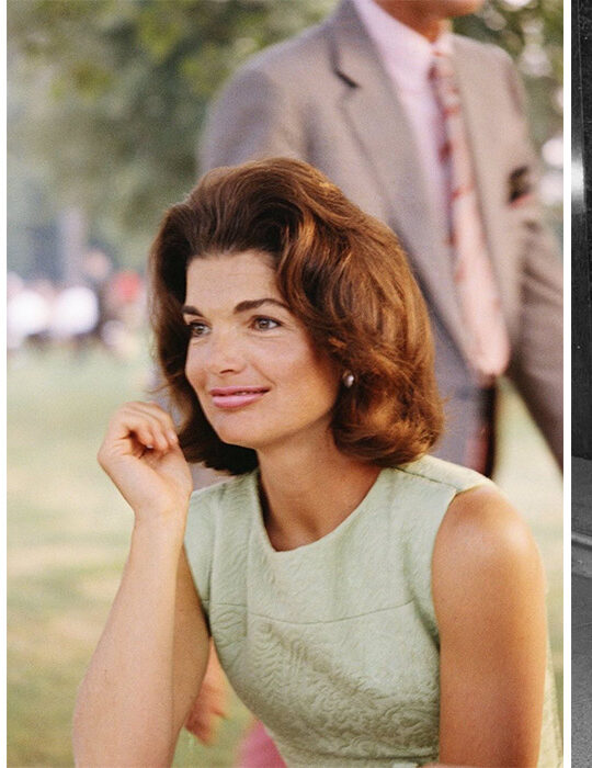17 iconic φωτογραφίες της Jackie Kennedy που συνεχίζουν να μας εμπνέουν σήμερα