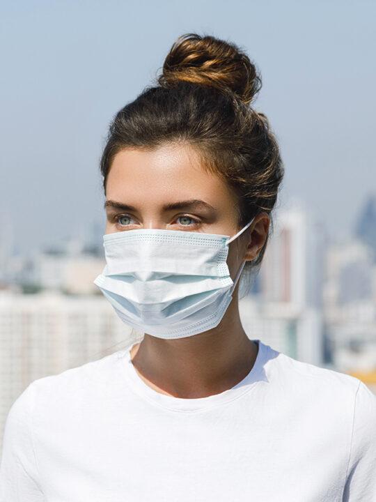 Mακιγιάζ φορώντας μάσκα: Βeauty tips που θα σας βοηθήσουν