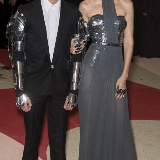 Η Gigi Hadid επιβεβαιώνει ότι περιμένει το πρώτο της παιδί με τον Zayn Malik