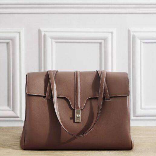 16 Bag: H αγαπημένη τσάντα του οίκου Celine επανακυκλοφορεί με νέο αέρα