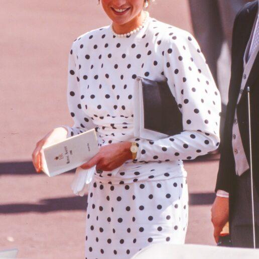Πριγκίπισσα Νταϊάνα: 6 σύνολα με πρωταγωνιστή το πουά