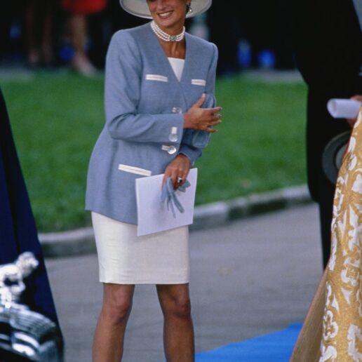 Όλες οι φορές που η πριγκίπισσα Νταϊάνα ήταν η πιο καλοντυμένη σε έναν γάμο