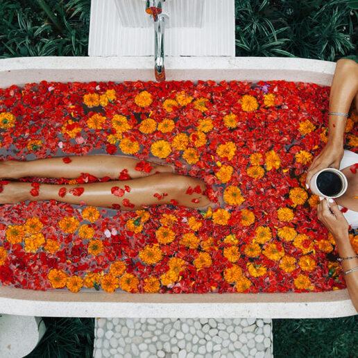 Ώρα για χαλάρωση: Αφρόλουτρα που φέρνουν την πολυτέλεια στο μπάνιο σας