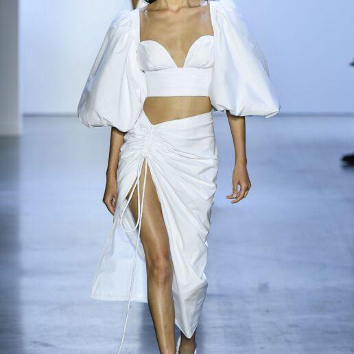 Maxi φούστες: Πώς θα φορεθούν αυτό το καλοκαίρι