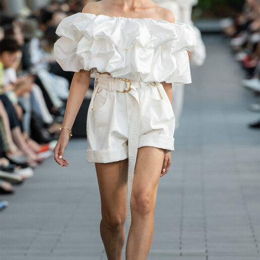 Paper Bag Shorts: Η ανανεωμένη εκδοχή των αγαπημένων μας σορτς