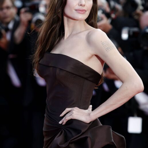 Κυκλική προπόνηση: Το μυστικό της Angelina Jolie για γραμμωμένα πόδια