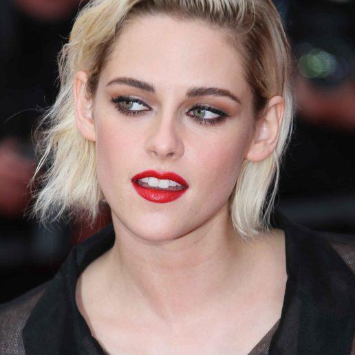 H Kristen Stewart θα μεταμορφωθεί σε Πριγκίπισσα Νταϊάνα στην πολυαναμενόμενη ταινία για τη ζωή της