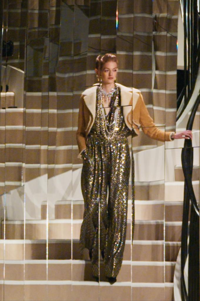 Η Sofia Coppola απαθανατίζει τα παρασκήνια ενός Chanel show σε ένα νέο ντοκιμαντέρ