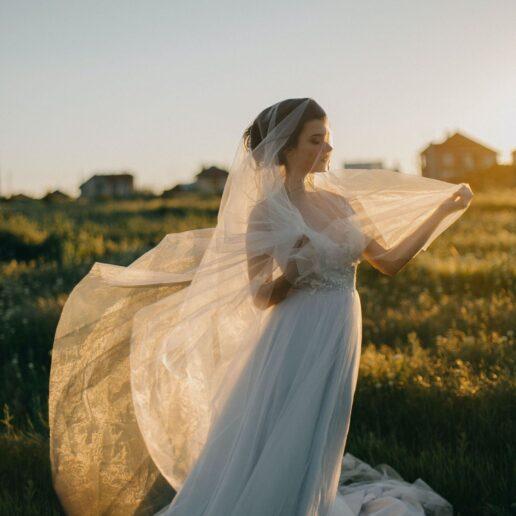 Wedding Shoes: 21 ιδιαίτερα ζευγάρια για μοντέρνες νύφες
