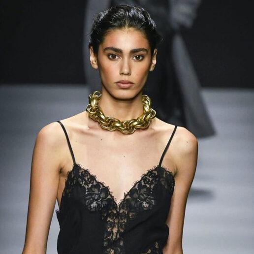Chain Accessories: H μοντέρνα τάση του Φθινοπώρου που φοράμε από τώρα