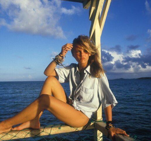 Vanessa Paradis: Αφιέρωμα στο 'it' girl των 90s μέσα από 17 vintage φωτογραφίες